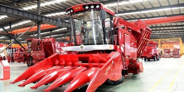 玉米联合收获机企业竞争呈现了两大特征
