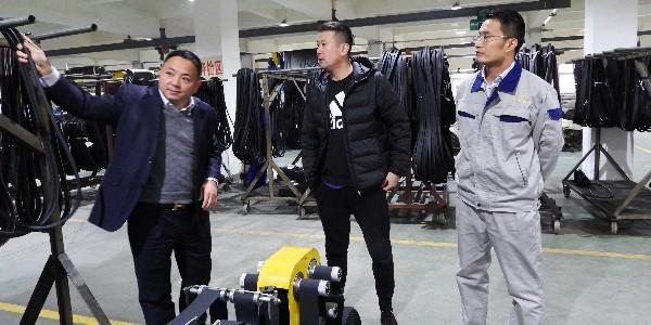 福田雷沃参观三角带厂家——锐生公司