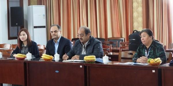 伊朗外商到联农三角带厂家进行考察和交流